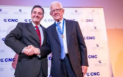 Alex Thiermann condecorado con Medalla al Mérito Gremial de la Cámara Nacional de Comercio, Servicios y Turismo de Chile